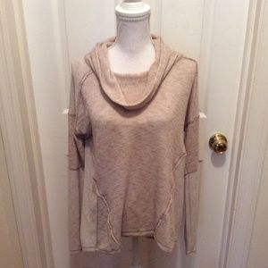 We The Free Sweater M Beige Long Sleeve Thin Knit